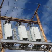 کنترل ولتاژ شبکه خازن گذاری در متلب